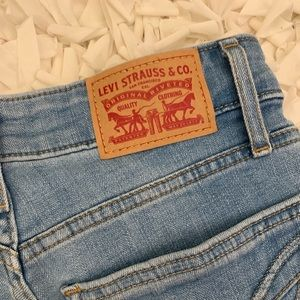 721 High Waisted Levi's Jeans